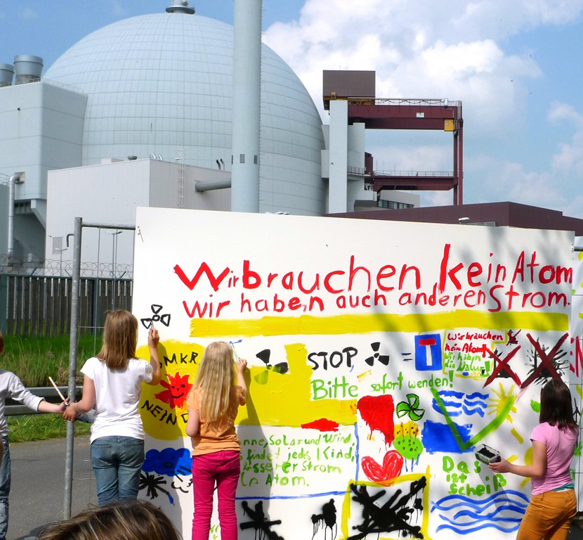 2014-04-26_brokdorf_6_grafittiwand